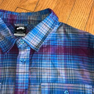 New Nike men's plaid flannel button up